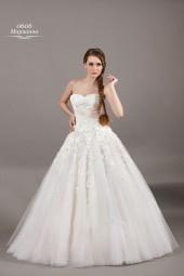 Рекомендации невестам по выбору свадебного платья.